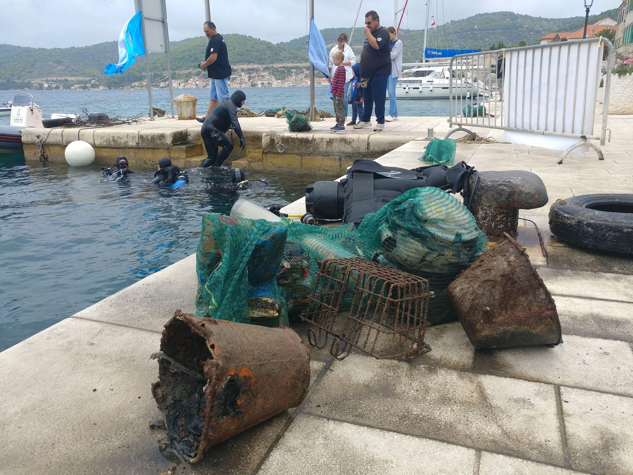 Sprzątanie Adriatyku -