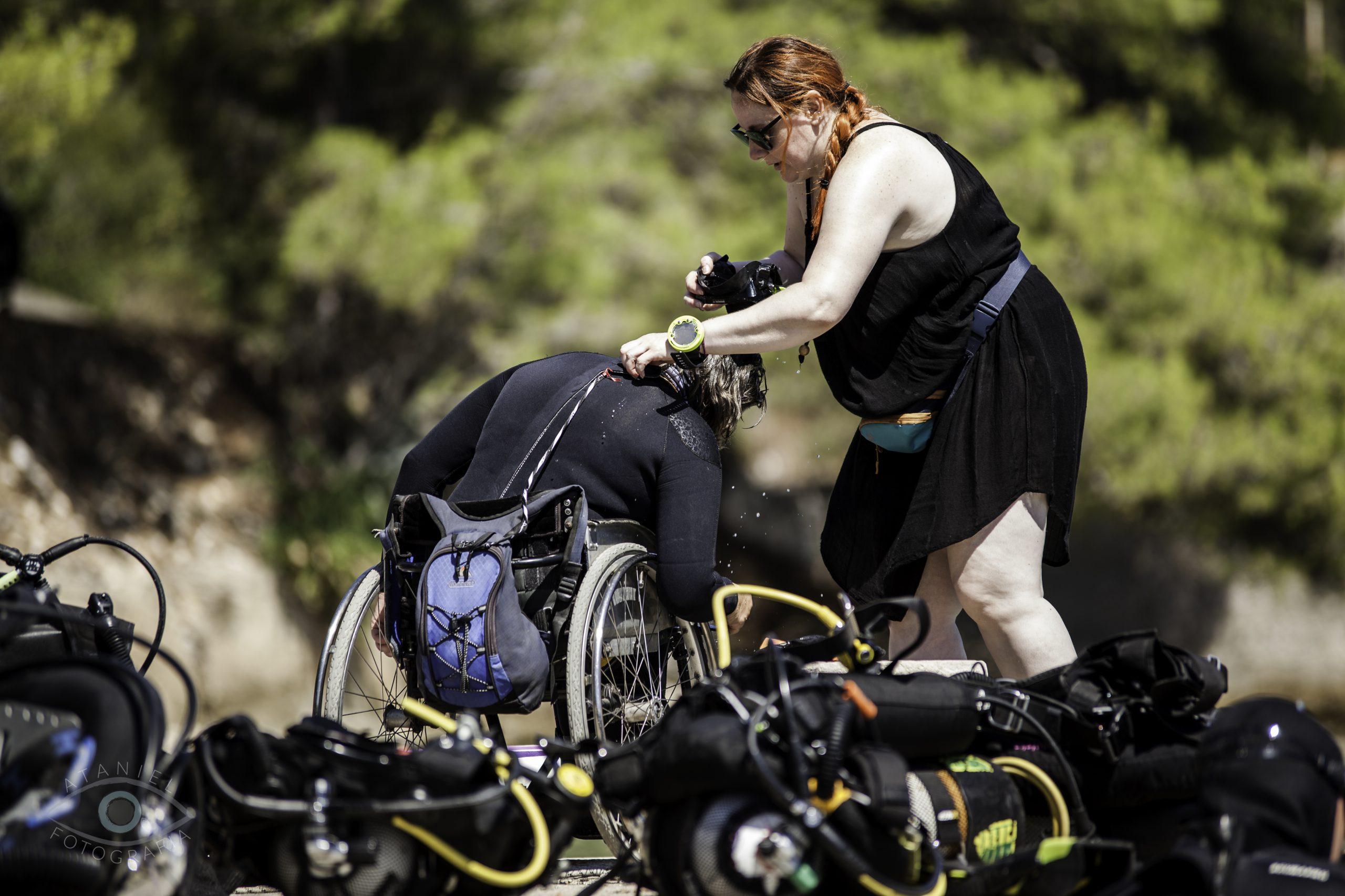 Fundacja Mniejszy Błękit na Visie - Nurkowanie osób z niepełnosprawnościami -