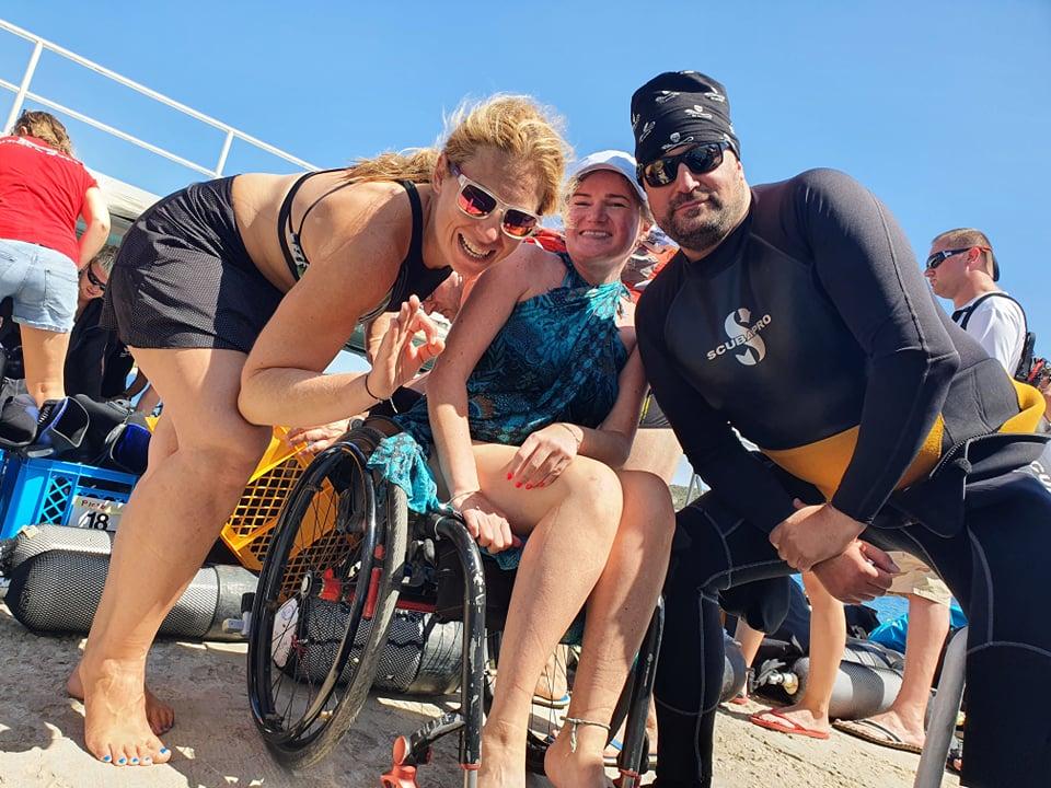 Fundacja Mniejszy Błękit na Visie sierpień 2021 - nurkowanie osób z niepełnosprawnościami -